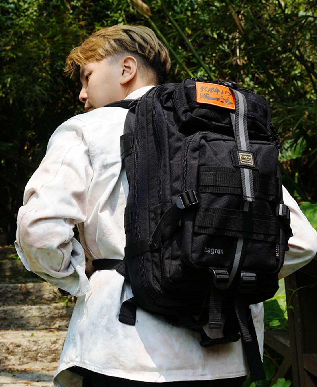 《火神的眼淚》聯名版二代軍事風格瞬開後背包-L